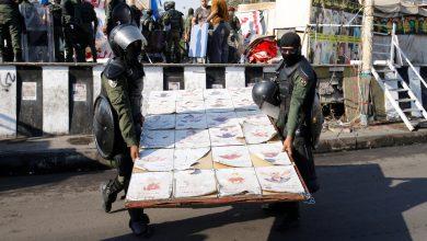 صورة بعد عام من بدء الاحتجاجات ، طهر العراق ساحة التحرير في الشرق الأوسط في بغداد