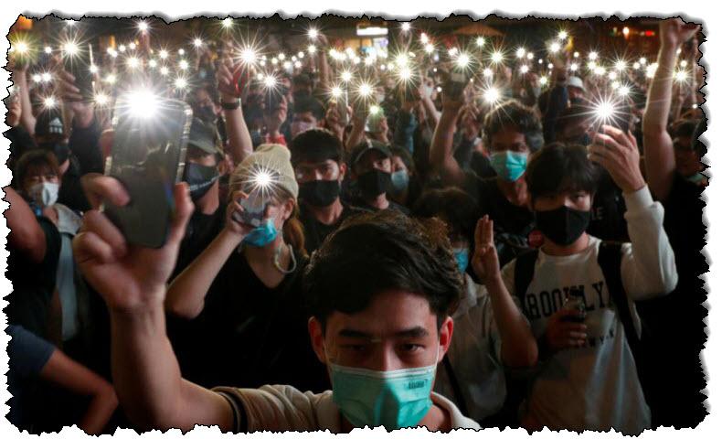 ستقوم الشرطة التايلاندية بالتحقيق مع وسائل الإعلام التايلاندية بشأن تقارير الاحتجاجات