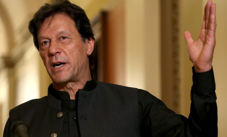 عمران خان الباكستاني يحث المسلمين على التوحد ضد الإسلاموفوبيا في باكستان
