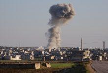 صورة قتلت ضربات جوية في شمال غرب سوريا أكثر من 50 مقاتلا من المعارضة | الشرق الأوسط