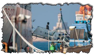 """صورة وكالة الحدود الأوروبية """"يشتبه في قيامها بترحيل سفن المهاجرين بشكل غير قانوني"""" اليونان"""