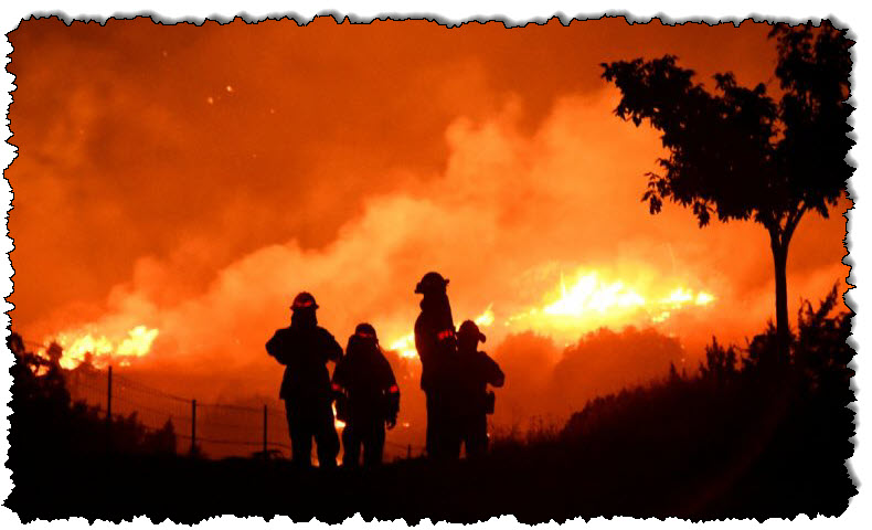 تتسبب موجة الحر في كاليفورنيا في انقطاع التيار الكهربائي ، مما يتسبب في نشوب حريق في الولايات المتحدة وكندا