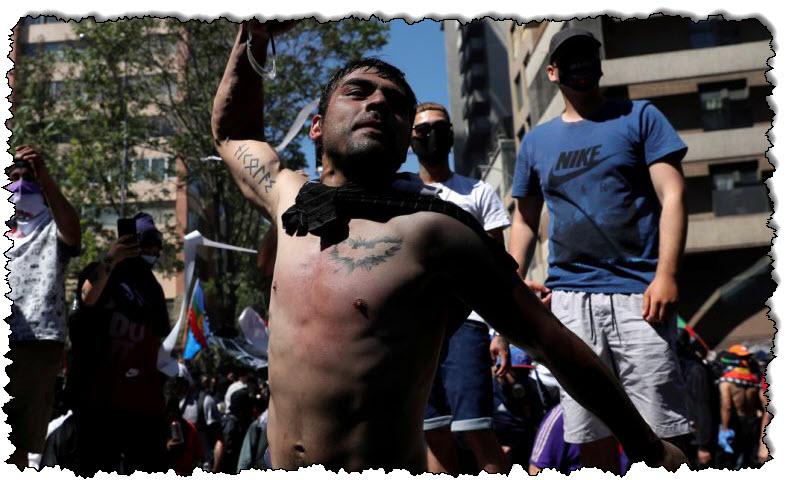 وتحول التجمع في تشيلي إلى أعمال عنف ، مما أثار مخاوف بشأن إجراء استفتاء في أمريكا اللاتينية