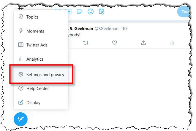 """على Twitter على الويب ، انقر فوق """"الإعدادات والخصوصية."""""""