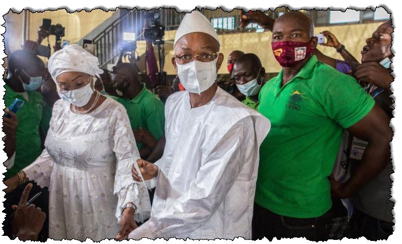 مراقبو الاتحاد الأفريقي والجماعة الاقتصادية لدول غرب أفريقيا يقولون إن الانتخابات في غينيا جرت بشكل صحيح غينيا