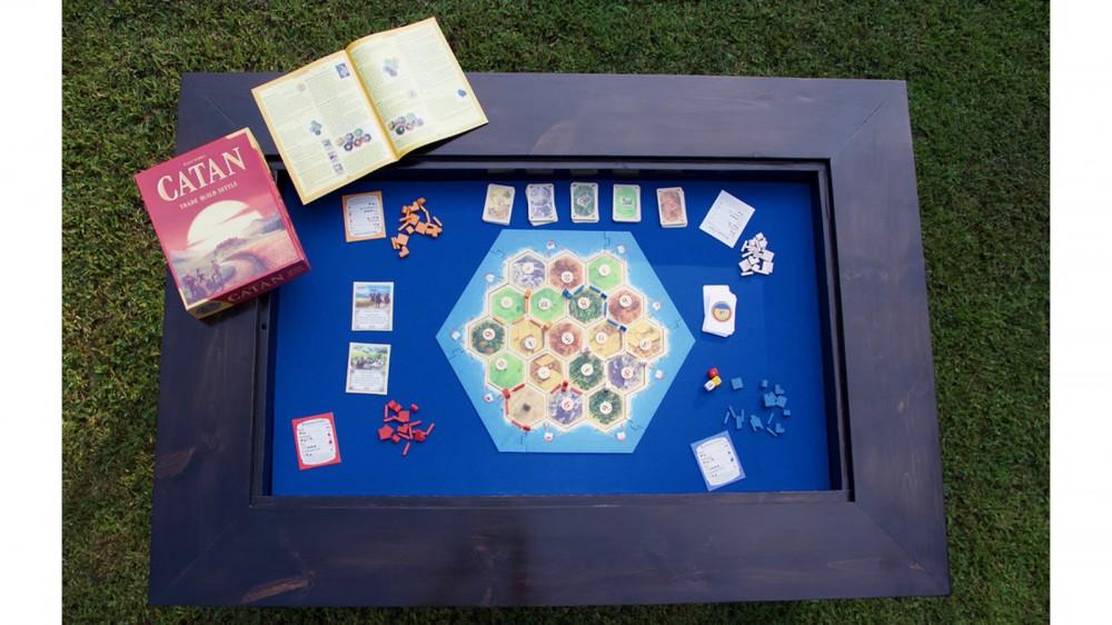 الجدول 4 ألعاب قياسية لطاولة جانبية عريضة