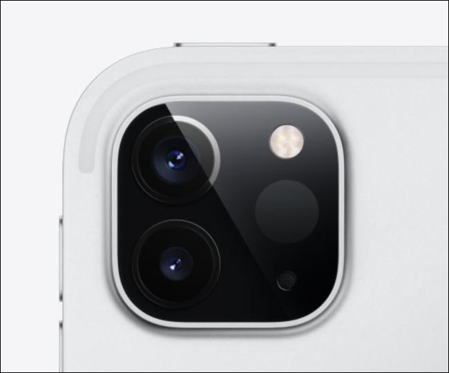 الكاميرا في iPad Pro.