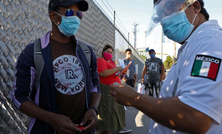 طالبو اللجوء المضطربون مليئون بالأمل والخوف من الانتخابات الأمريكية المكسيك