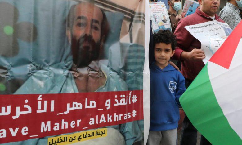 """يتسبب الإضراب عن الطعام في """"وفاة"""" الفلسطينيين في الشرق الأوسط لمدة 100 يوم"""