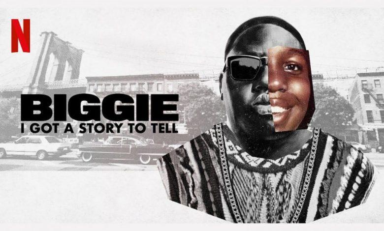 """إعلانات """"بيجي ، لدي قصة لأرويها"""" يضم مغني الراب Biggie Smalls."""