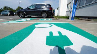 صورة سباق بطاريات السيارات الكهربائية يجعل دعاة حماية البيئة يعارضون أخبار صناعة السيارات ذات الطاقة الخضراء