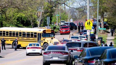 صورة جرح شخص في حادث إطلاق نار في مدرسة ثانوية في ولاية تينيسي أنباء عن عنف مسلح