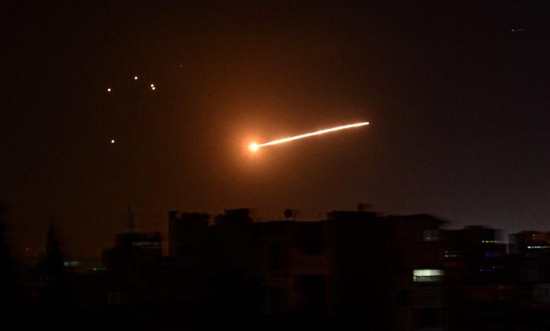 سقط صاروخ دفاع جوي سوري بالقرب من القاعدة النووية الإسرائيلية
