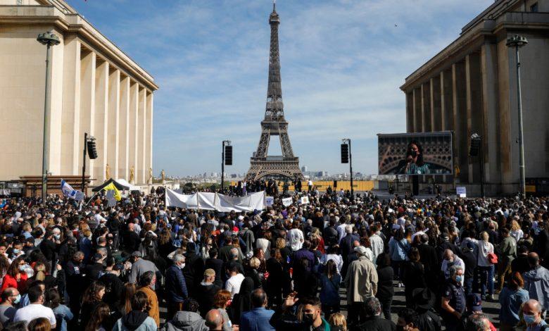 محتجون فرنسيون يطالبون بمحاكمة قتلة النساء اليهوديات أخبار احتجاجية