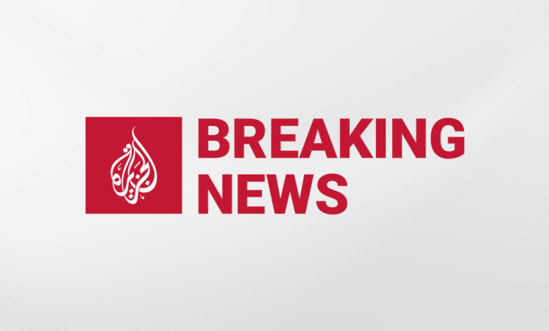 مصر: إصابة عشرات الأشخاص بعد خروج قطار عن مساره بالقرب من القاهرة