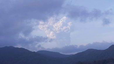 صورة سانت فنسنت تحذر من نقص المياه بسبب الثورات البركانية المستمرة | أخبار الأزمة الإنسانية