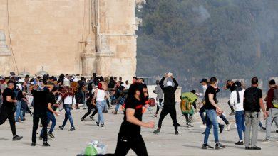 صورة اقتحمت قوات الاحتلال الإسرائيلي المسجد الأقصى ، وأصيب العشرات في نشرة المسجد الأقصى المبارك