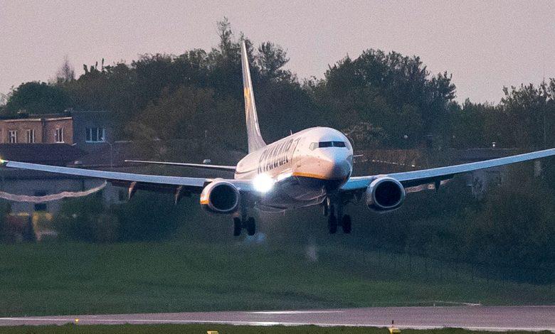 دخلت صناعة الطيران الدولية في حالة من الفوضى بسبب تغيير مسار الطائرات البيلاروسية