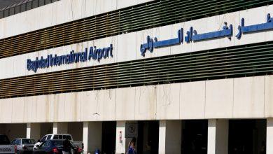 صورة صواريخ تستهدف قاعدة مطار بغداد لاستيعاب أنباء الصراع العسكري الأمريكي