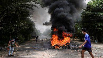 صورة وتقول القوات المناهضة للانقلاب إن جيش ميانمار قتل ستة متمردين