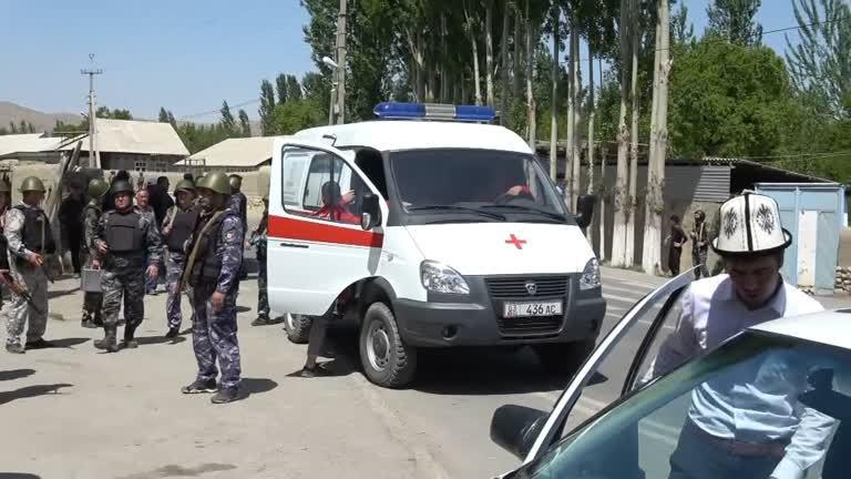 قيرغيزستان تتهم طاجيكستان بحشد القوات بالقرب من الحدود