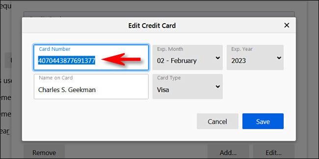 """داخل """"تحرير بطاقة الائتمان"""" في النافذة ، سترى الرقم الكامل لبطاقة الائتمان."""