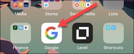 افتح تطبيق Google على جهاز iPhone أو iPad أو Android