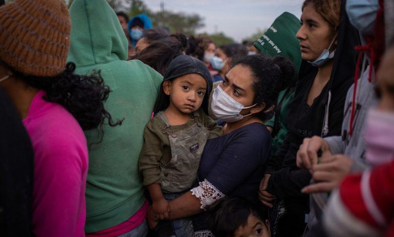 الولايات المتحدة ترفع قيود اللجوء عن الناجين من العنف في عهد ترامب | أخبار الهجرة