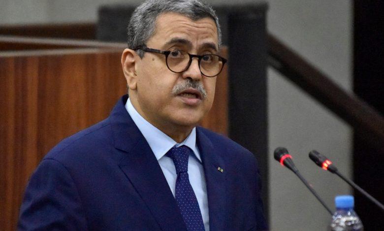 رئيس الوزراء الجزائري يستقيل بعد نتائج الانتخابات  