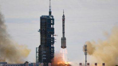 صورة إطلاق شنتشو 12 الصينية إلى الفضاء مع ثلاثة رواد فضاء