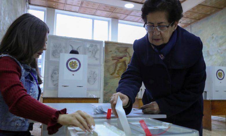 نزاع ناغورنو كاراباخ يلقي بظلاله على استطلاعات الرأي السريعة في أرمينيا | أخبار الانتخابات