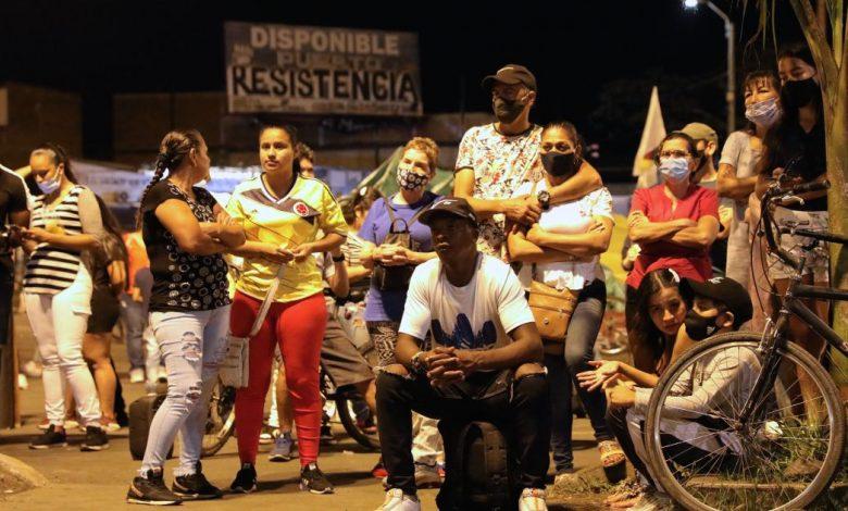 يلجأ المتظاهرون في كولومبيا إلى اجتماعات مفتوحة لإيجاد حلول للتخفيف من حدة الفقر وأخبار التنمية