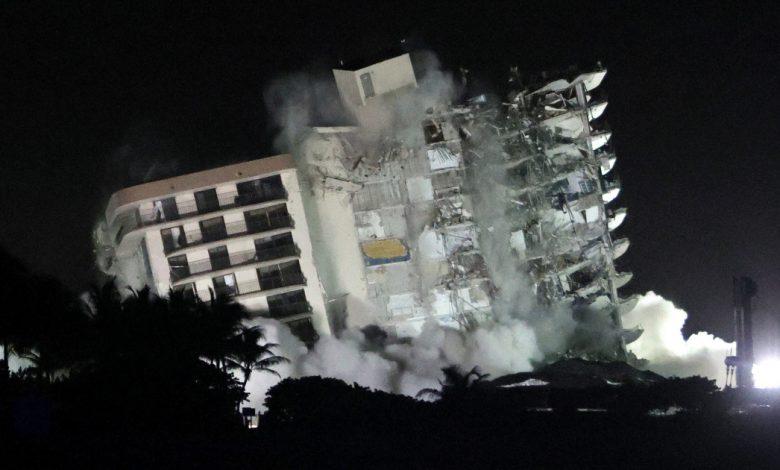 هدم شقة في فلوريدا منهارة واستعادة عمليات البحث والإنقاذ | أخبار الولايات المتحدة وكندا