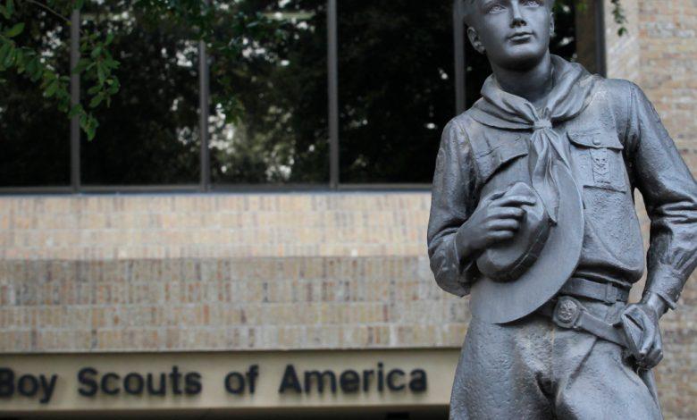 الكشافة وضحايا الاعتداء الجنسي الأمريكيون يصلون إلى 850 مليون دولار من أخبار محكمة التسوية